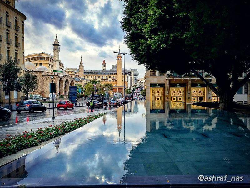 يا ستَّ الدنيا يا بيروتْيا حيثُ الوعدُ الأوّلُ والحبُّ الأوّلُيا حيثُ كتب (Beirut, Lebanon)