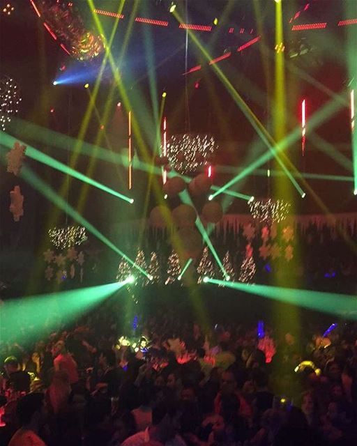 NYE-1 greattimes live celebrations weekendfun newyear2017 newyear ... (O1NE Beirut)