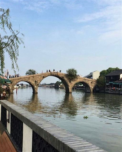 ... 新年快乐... happy new year😊------.. china  shanghai  beijing  ihm25 ... (Zhujiajiao Old Town)