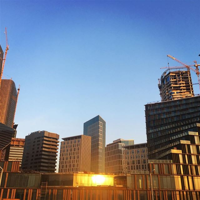 Winter Sun warming up our Days with Strong Reflections... (King Abdullah Financial District Project)