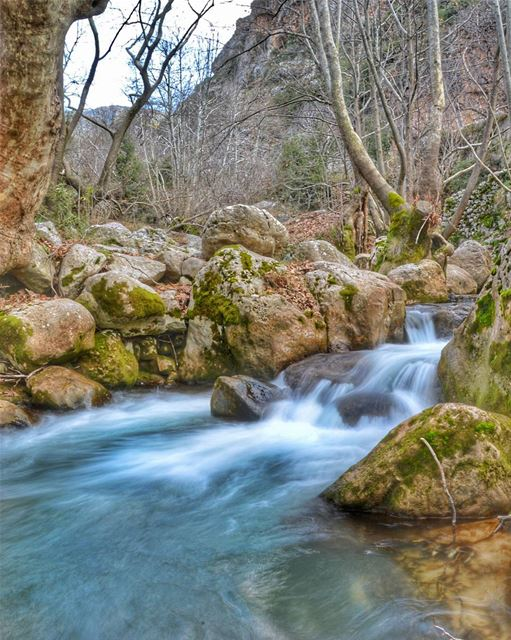 🍁🍁.... nature river cold winter blue water rocks hike hiking sports... (Kfarhilda, North)