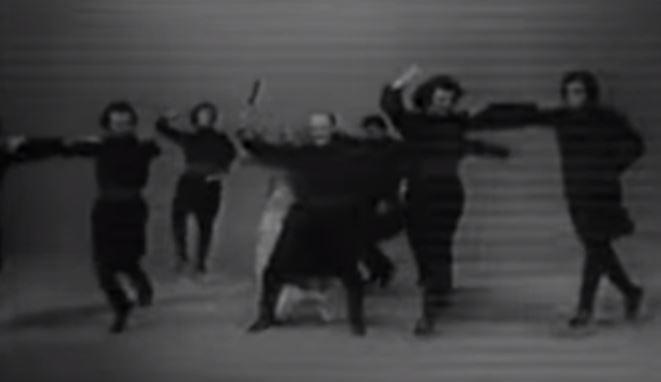Lebanese Dabke Karakala Group 1978 (Video)