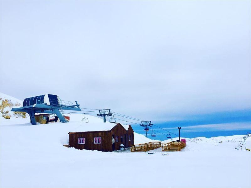 Calm for just a while! Good morning!...... skiingday bestdaytoski... (Mzaar Kfardebian)
