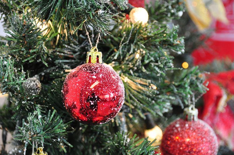 Red Christmas Balls (Christmas 2011)