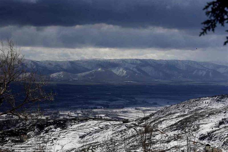 Lebanon's Bekaa valley covered in snow. (JOSEPH EID / AFP)