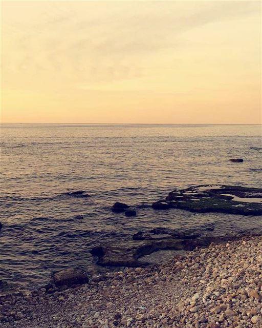 picoftheday lebanon beirut sunset lifehappensoutdoor seaview love picture... (بيروت)