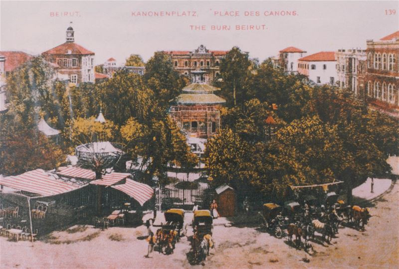 Martyrs Square / Place des Canons - Beirut 1910