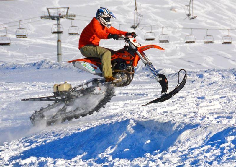 ❄🚵⚠.... ktm readytorace race snow winter wheelie skidoo motocross... (Kfardebian)