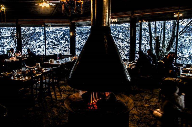 Inside or outside? Lebanon faraya ski freinds ig_lebanon ... (Faraya)