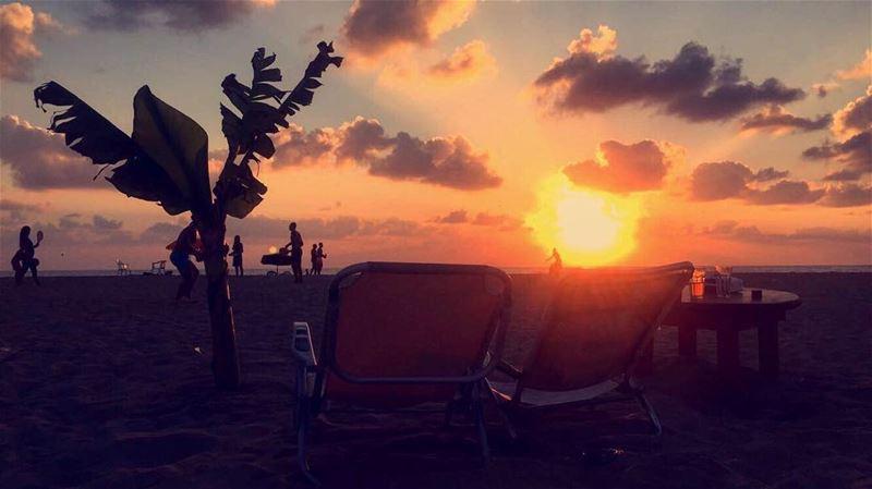 sunset in tyr beach ilovelebanon livelovelebanon ...