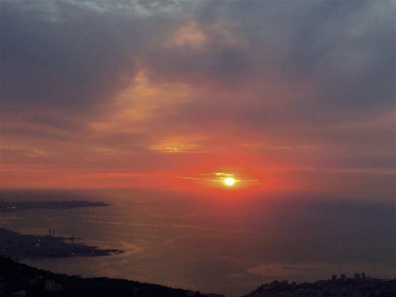 🌅🌅 (El Kfour, Mont-Liban, Lebanon)