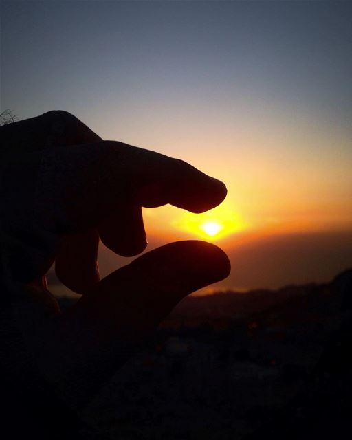 Catch the moment & make it perfect 🌅👌🏻 lebanonuntravelled @beirut.live... (El Kfour, Mont-Liban, Lebanon)