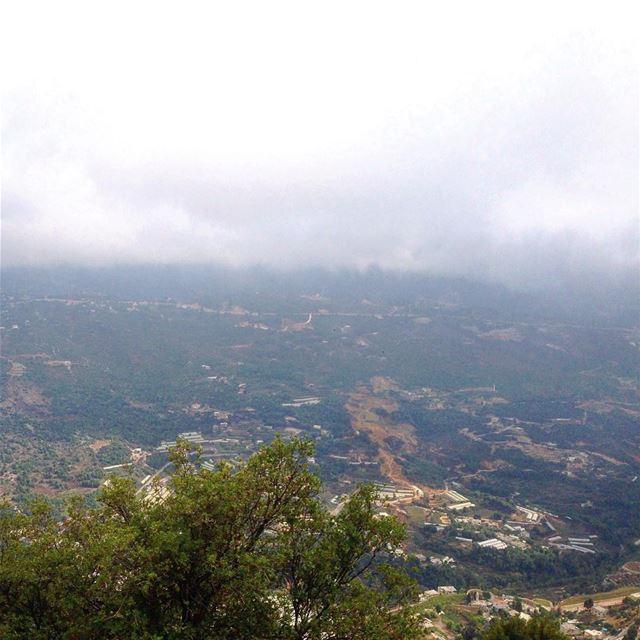 ☁️☁️ lebanonuntravelled @beirut.live lebanonbylocal batrounalive ... (Annâya, Mont-Liban, Lebanon)