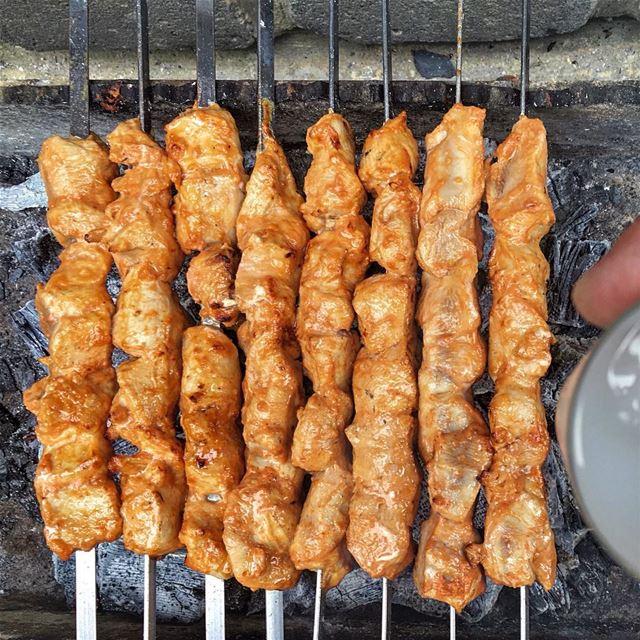 Mashewe on Sunday 🍢 @livelove.food ❤️ lebanonuntravelled @beirut.live ... (Ghanimé)