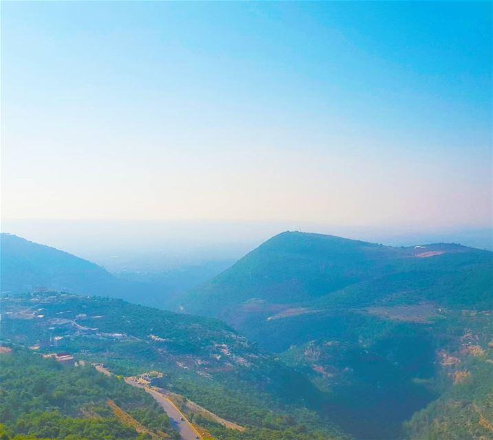 À l'infini et au-delà / To infinity and beyond ... (Kadisha Valley)