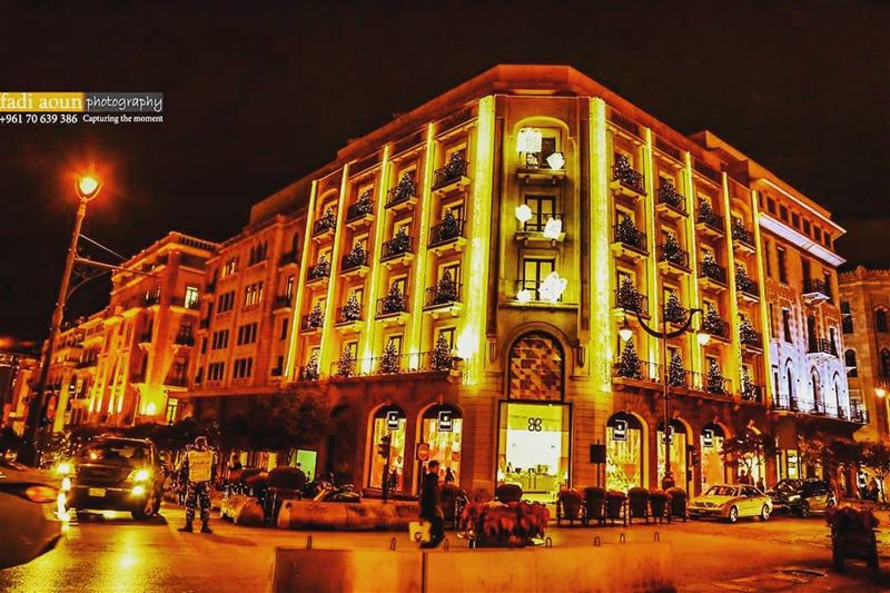 photo fadiaounphotography beirut christmas lights buildings streets...