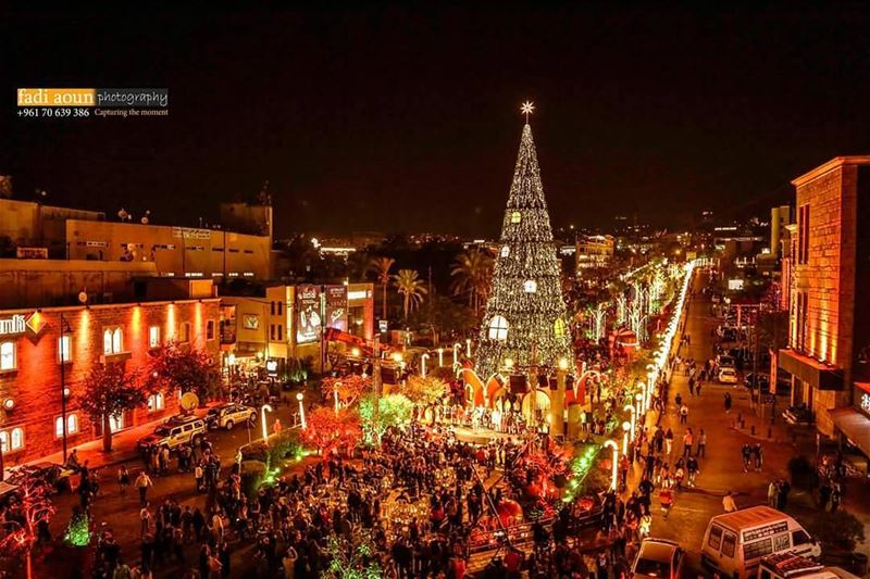 photo fadiaounphotography byblos lebanon christmas tree lighting ...