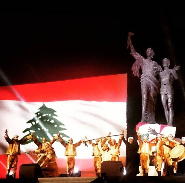 photo fadiaounphotography lebanon president flag statue liberty ...