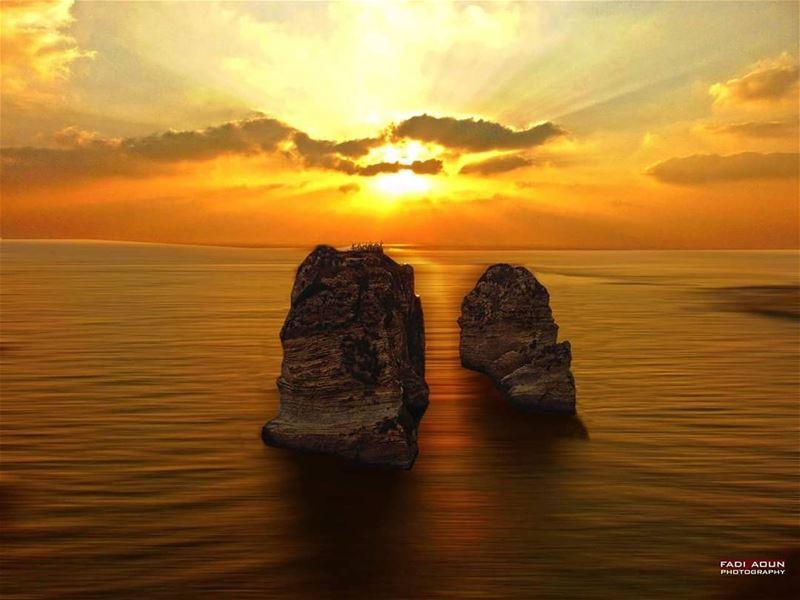 photo fadiaoun @faaoun sunset lebanon beirut rawcheh seascape sky...