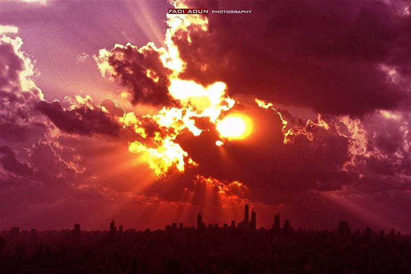 photo fadiaoun @faaoun sky sunset clouds sun rays beirut ...