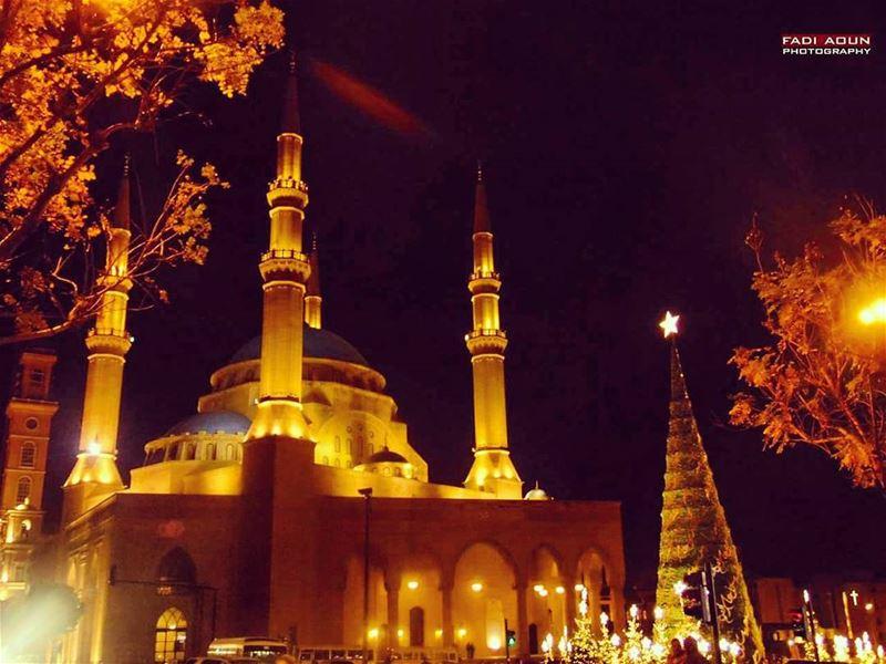 photo fadiaoun @faaoun beirut lebanon Christmas tree mosque United...