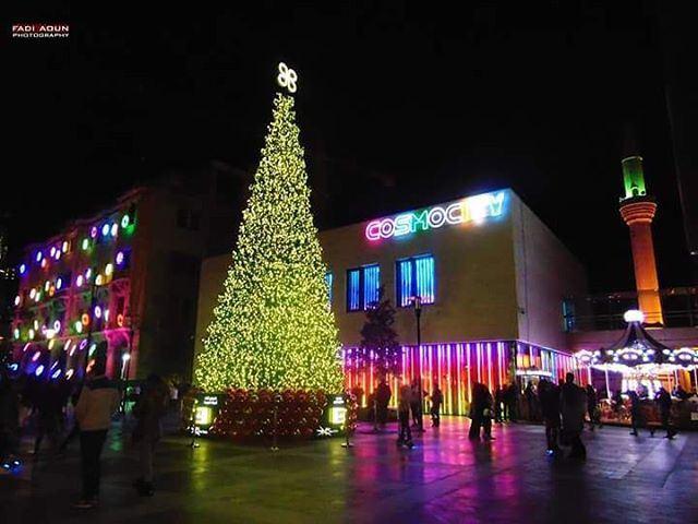 photo fadiaoun @faaoun beirut grandopening Christmas tree lights ...
