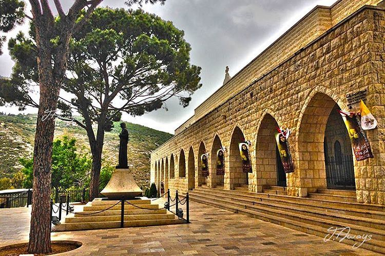 من دير جربتا الهاديبين التله والوادي (Deir Mar Youssef, Jrebta / Saint Rafka)