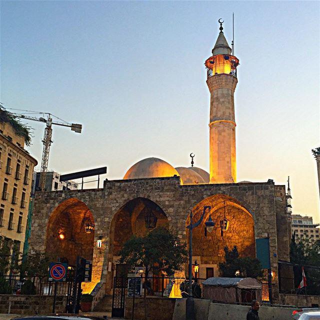 فَأَيْنَمَا تُوَلُّوا فَثَمَّ وَجْهُ اللَّهِ ۚ إِنَّ اللَّهَ وَاسِعٌ عَلِيم (Beirut Down Town)