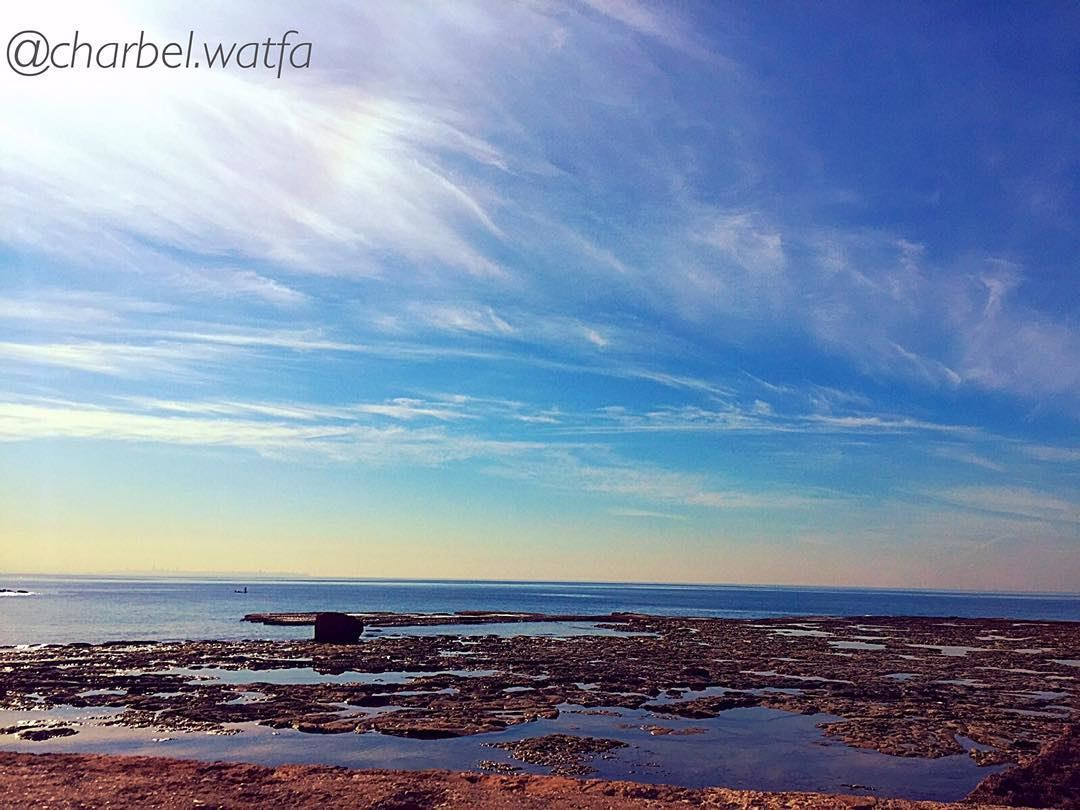 Sunny day in Byblos mediterranean sea bluewater bluesky ... (Byblos- Old Port)