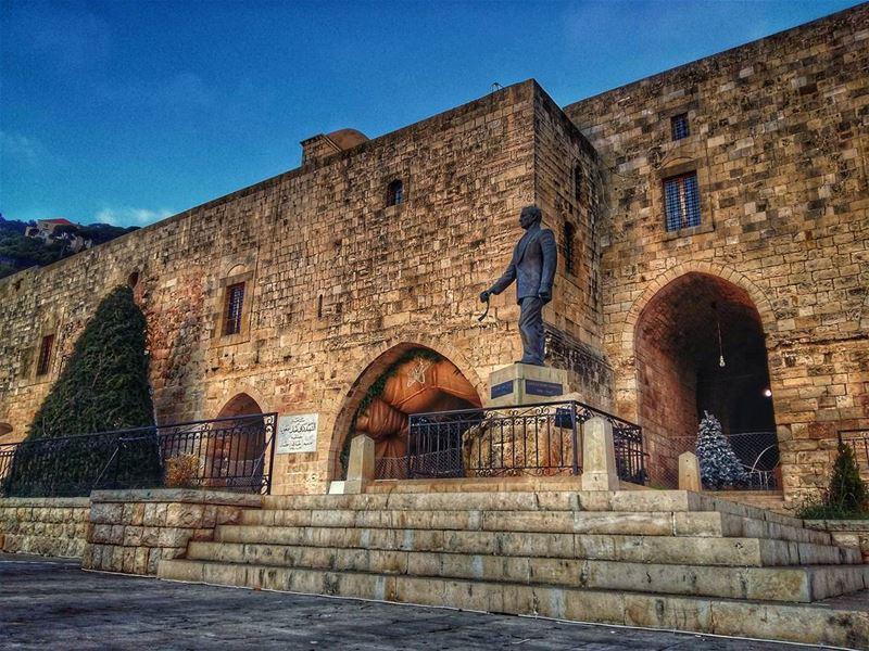 deirelkamar chouf mountlebanon lebanon castle museum statue ... (Deïr El Qamar, Mont-Liban, Lebanon)