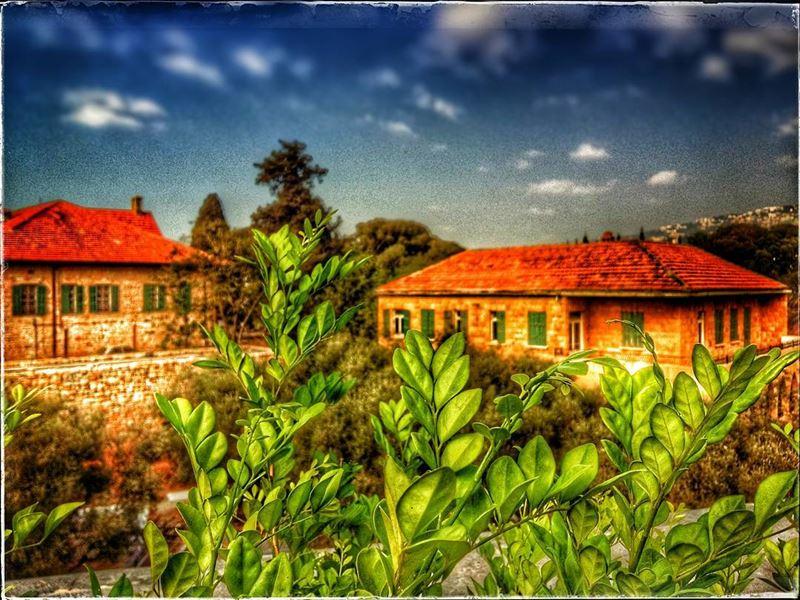 hazmieh beirut lebanon old house nature grass redbrick ... (Hazmieh, Beirut, Lebanon)