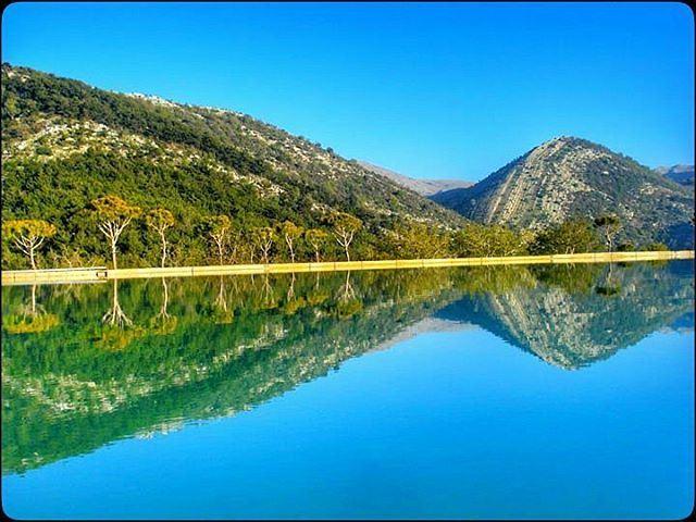 nature lake reflection mountains trees bluesky symmetry ...