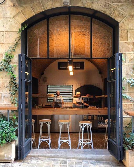 Bem-vindos ao The Lebanese Bakery @thelebanesebakery padaria conceitual em... (The Lebanese Bakery)