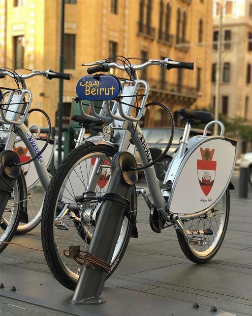 Prefeitura de Beirute instala a primeira estação de aluguel de bikes na... (Le Gray, Beirut)