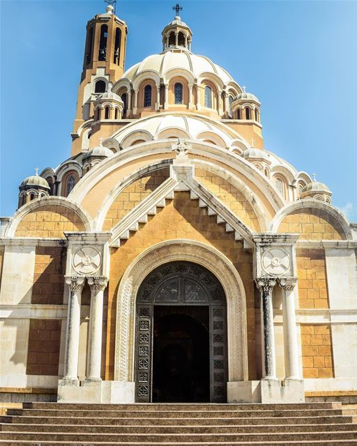 O estilo bizantino da basílica greco-ortodoxa melquita de Saint Paul,... (Cathedral Saint Paul)