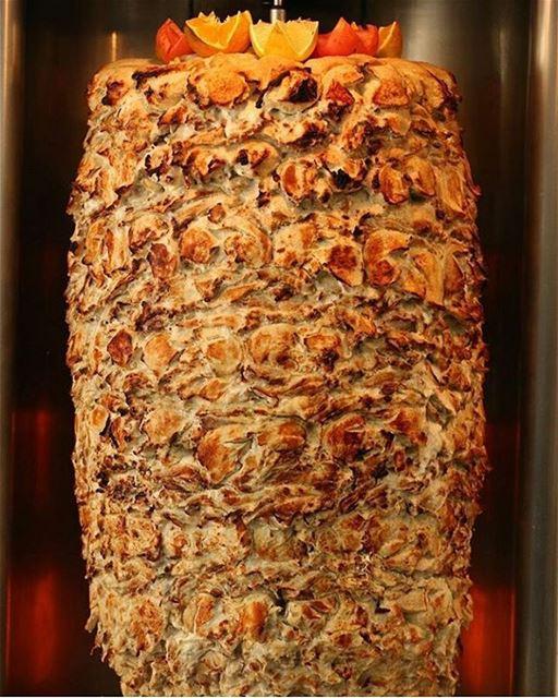 Shawarma do popular restaurante Joseph, em Beirute, eleito por site... (Joseph's Restaurant!)