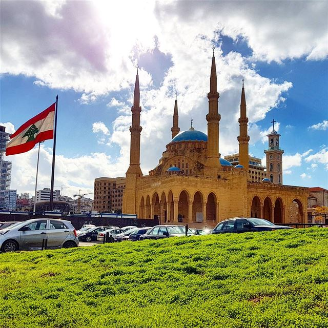 Life is beautiful❤❤❤ photography goodvibes clouds sky lebaneseflag ... (Beirut, Lebanon)