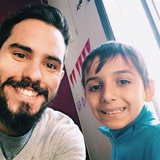Não consegui tirar foto com todas as crianças, mas esse é Hamoud, que...