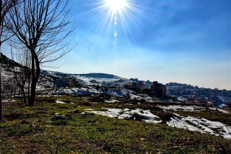 beautiful weather snow amazing lebanon blue sky sunny day o_saad... (Bhamdoun Al Day3a)