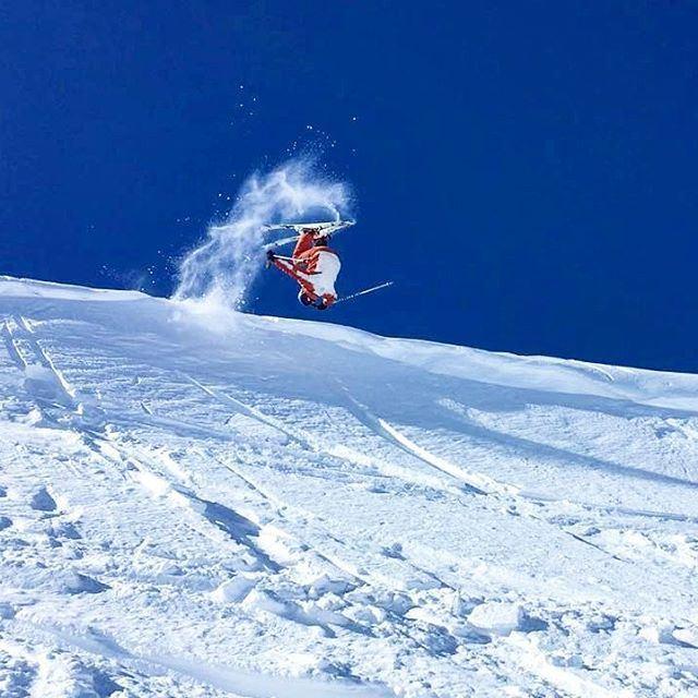Born to ski faraya farayalovers sports961 salomon spyder ... (Cabane Warde)