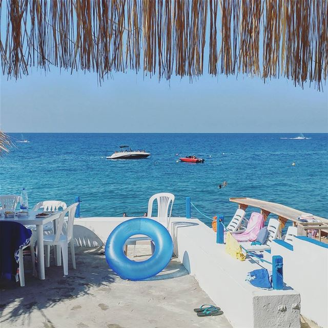 Get away with me (Ta7t El Ree7, Anfeh, North Lebanon)
