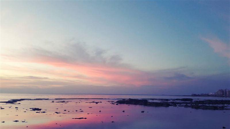 Pinkish sunset 🌅 Beach Pinkish Pinky Pink Tripoli TripoliLB ... (El-Mina, Tripoli)