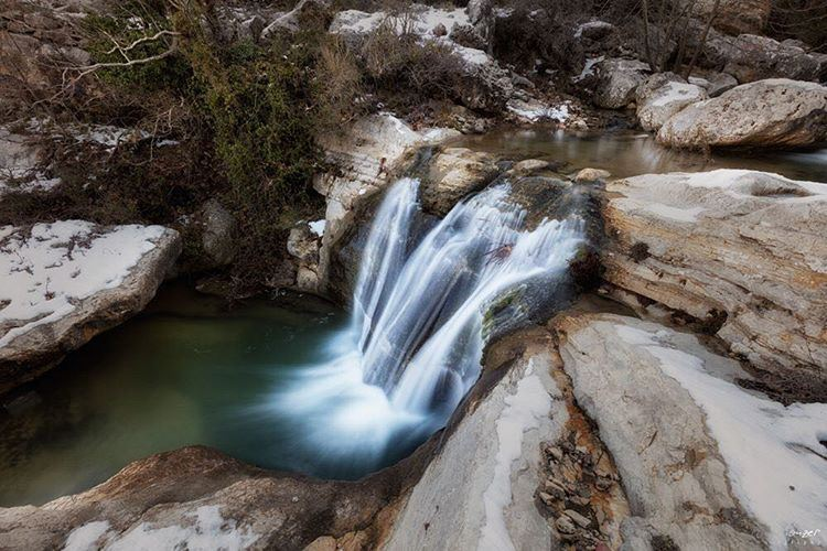 shouf waterfall winter authentic picture photography canon canonme... (Chouf)