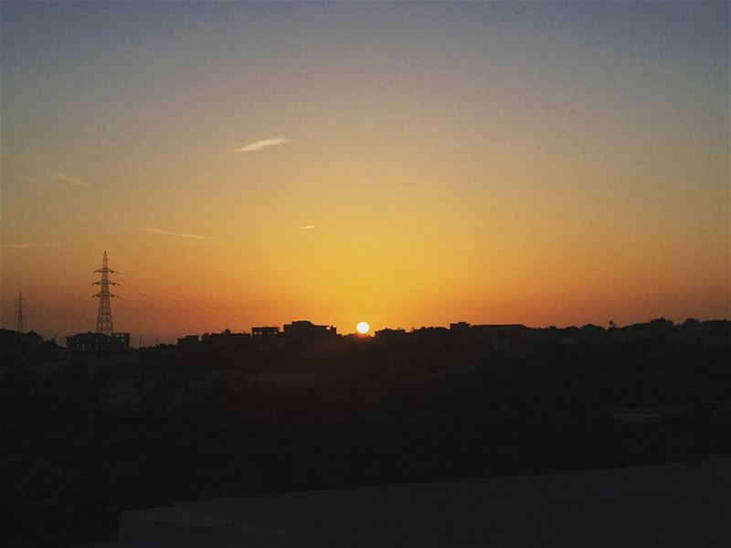 lebanon sunset ... (Tanbourite)