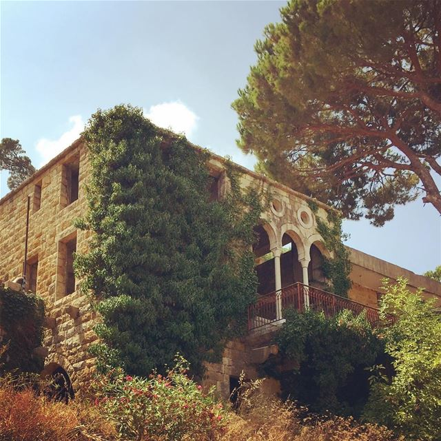 lebanon lebanese village traditional house architecture levant ... (Salima Village)