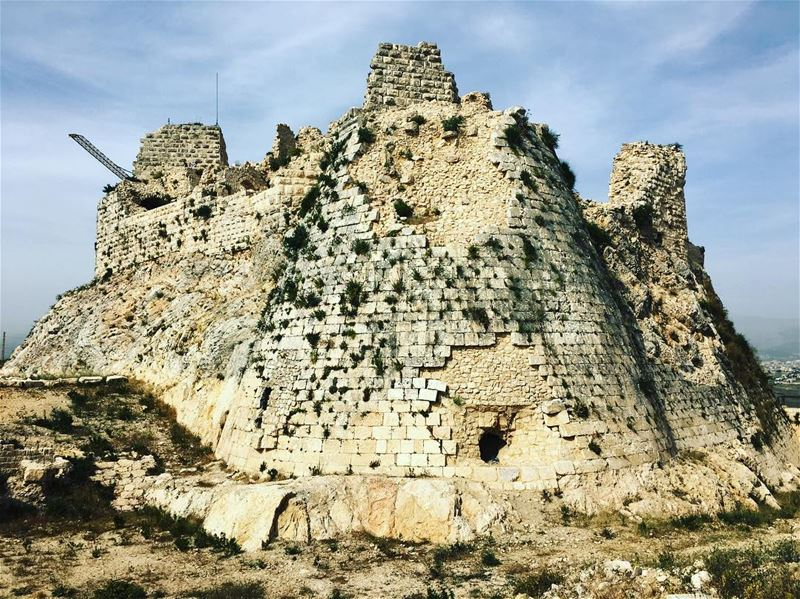 photography lebanon_hdr crusades castle lebanon @insta_lebanon (قلعة شقيف)