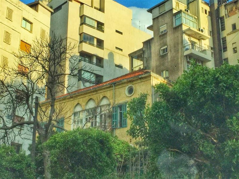 Old is always... (Achrafieh, Lebanon)
