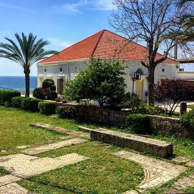 Hola 👋🏾☀️🏡 lebanonhouses picoftheday photooftheday house l4l ... (Byblos, Lebanon)