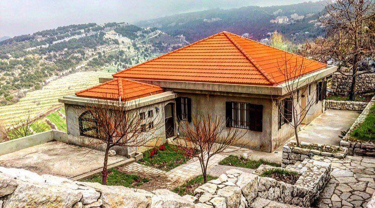 Haveabeautifuldayeveryone ☀️🏡 archlife architect archilover ... (Annaya - Saint Charbel.)