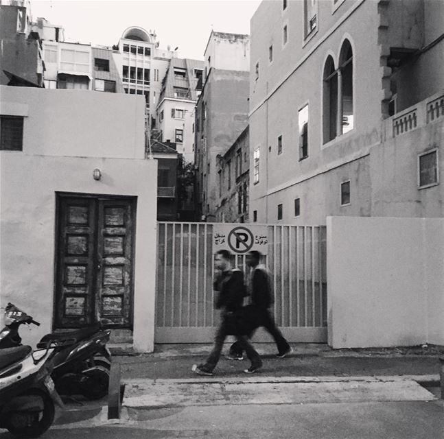 🌪 Bonsoir 🌪 photographer photographing architecture architect ... (Gemmayzeh, Beirut)
